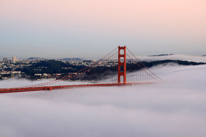 Figure 1 - A stunning image of San Francisco's Golden Gate Bridge by Brocken Inaglory 2009. From the Wikimedia Commons under creative commons license.