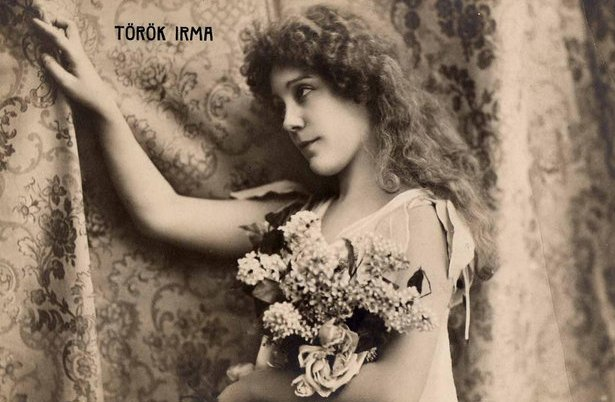 Figure 1 - Hungarian actress Török_Irma in the role of Ophelia in 1901.  Image from the Wikimedia Commons and believed to be in the public domain.