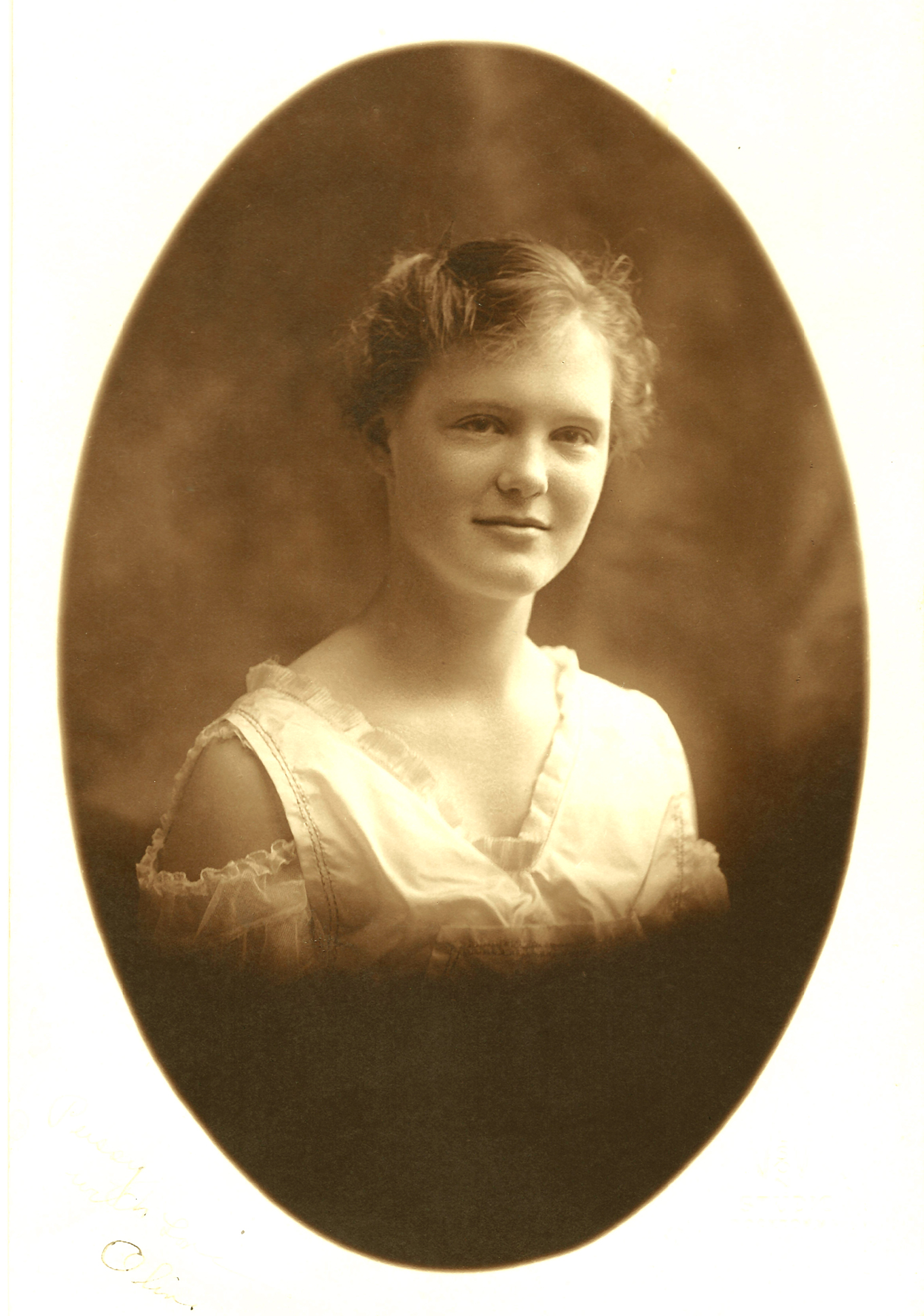Figure 1 – Miss Olive Lewis of Pepperell, Massachusetts, photograph taken at the Wilson Studios in Brockton, MA in 1916-17.