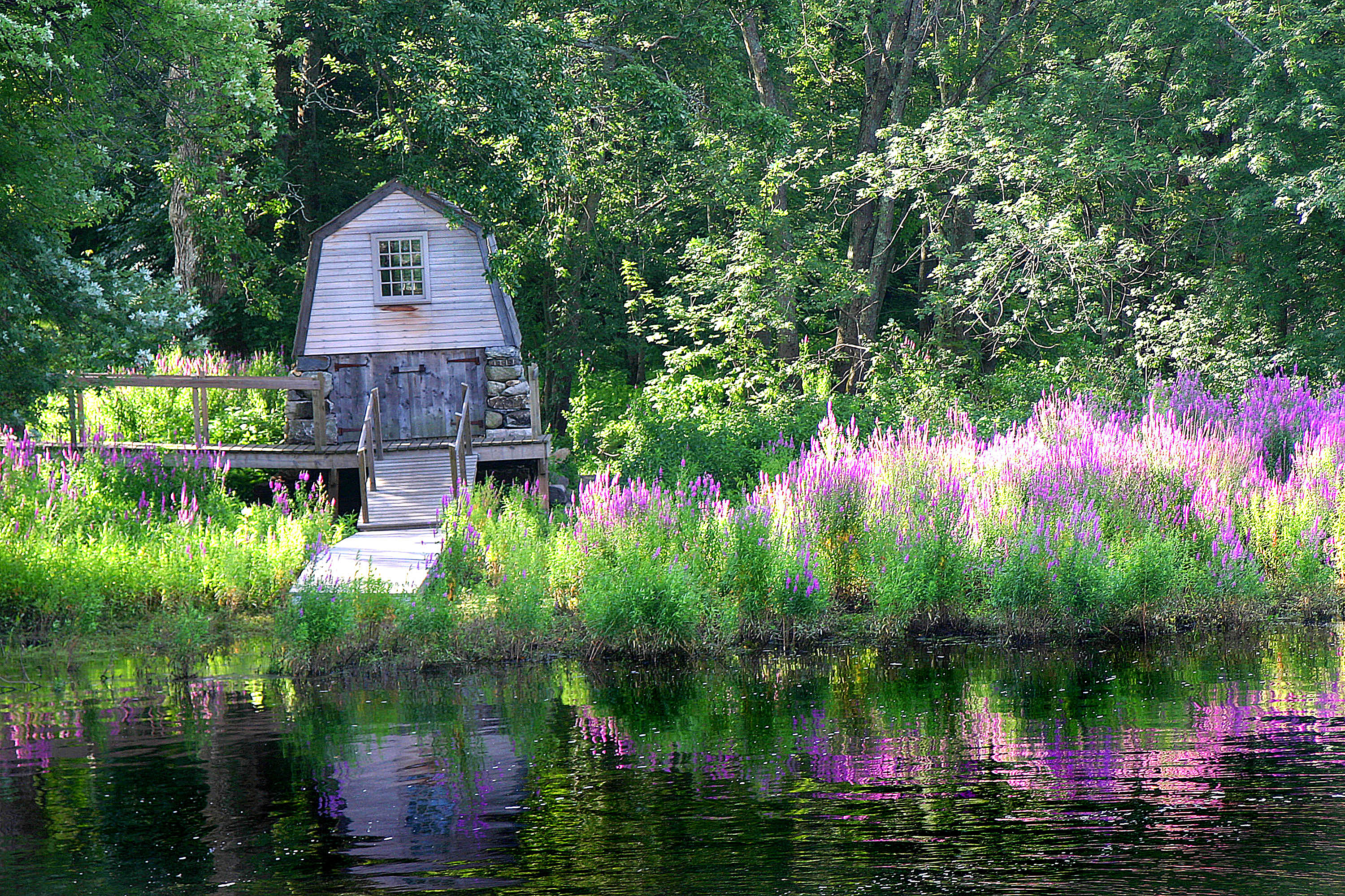 Boat house at the Olde Manse